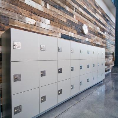 Laminate Day Use Lockers at University