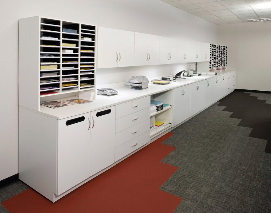 Work Center with Recycle and Mail